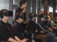 Virtual reality helmets: which is to win Oculus Rift?